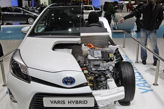 Que es un carro híbrido
